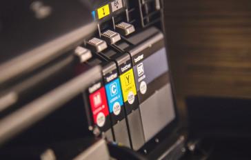 Patronen und Druckerzubehör